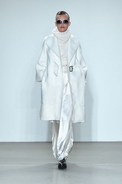 Satin Pants「Verdad - Runway - February 2017 - New York Fashion Week」:写真・画像(2)[壁紙.com]