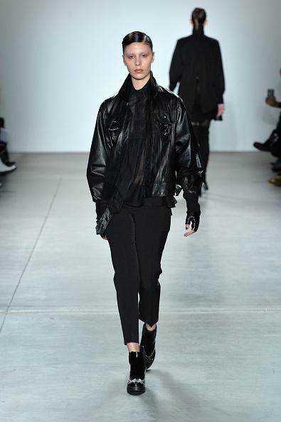 Leather Jacket「Verdad - Runway - February 2017 - New York Fashion Week」:写真・画像(11)[壁紙.com]