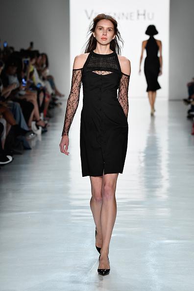 Black Color「Vivienne Hu Spring/Summer 2018 New York Fashion Week Runway Show」:写真・画像(17)[壁紙.com]