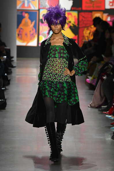 Mike Coppola「Anna Sui - Runway - February 2019 - New York Fashion Week: The Shows」:写真・画像(12)[壁紙.com]