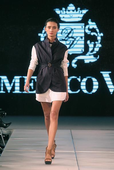 Yves Forestier「Art Style.uz 2010 - Domenico Vacca Fashion Show」:写真・画像(3)[壁紙.com]