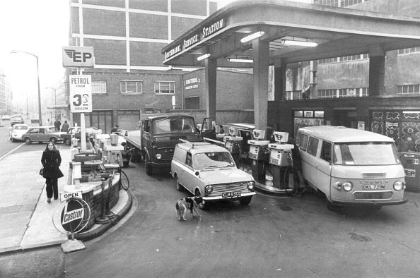 Gasoline「Petrol Station」:写真・画像(17)[壁紙.com]