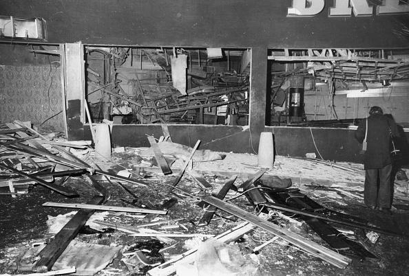 Bombing「Wrecked Pub」:写真・画像(1)[壁紙.com]