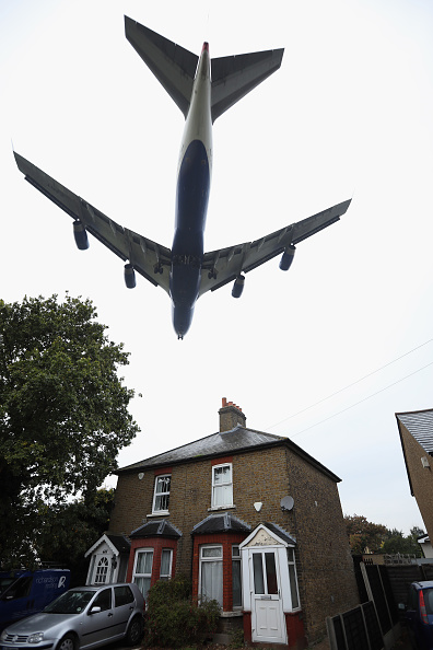 Heathrow Airport「Heathrow Airport Third Runway Given Go Ahead By The UK Government」:写真・画像(17)[壁紙.com]
