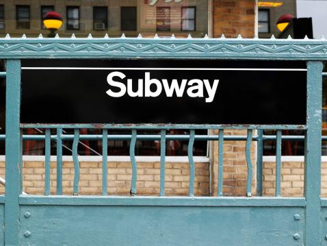 Passenger Train「USA, New York, Subway station sign and green painted ironwork」:スマホ壁紙(8)