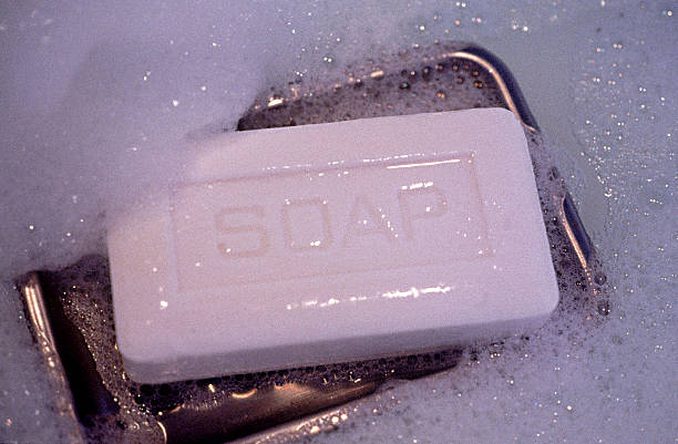 Soap on dish:スマホ壁紙(壁紙.com)