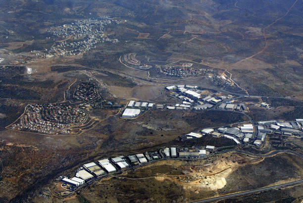 Aerial Views Of Israeli Settlement In The West Bank:ニュース(壁紙.com)