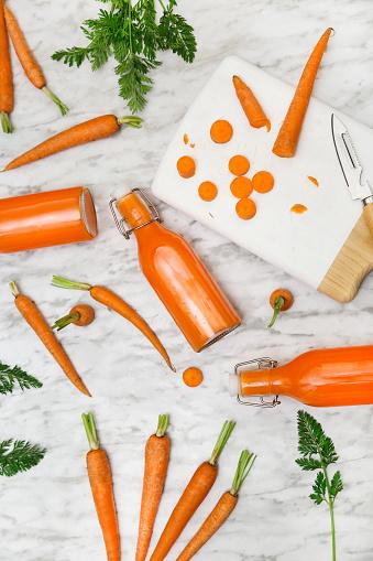 Vegetable Juice「Homemade carrot juice in bottles」:スマホ壁紙(9)