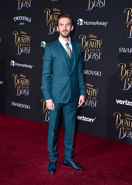 "El Capitan Theatre「Premiere Of Disney's ""Beauty And The Beast"" - Arrivals」:写真・画像(14)[壁紙.com]"
