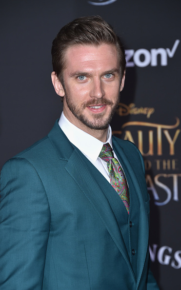 "El Capitan Theatre「Premiere Of Disney's ""Beauty And The Beast"" - Arrivals」:写真・画像(18)[壁紙.com]"