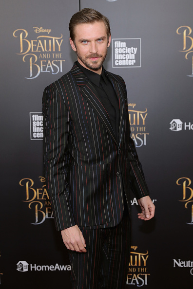 Looking At Camera「'Beauty And The Beast' New York Screening」:写真・画像(1)[壁紙.com]