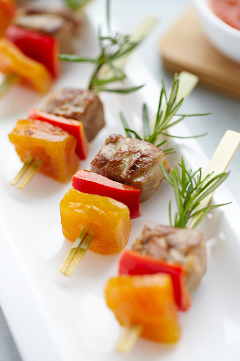 Delicatessen「Meat shish kebabs for starter」:スマホ壁紙(0)