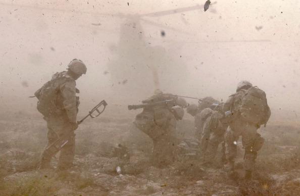 Afghanistan「US Marines Patrol Remote Part Of Helmand Province Near Kajaki Dam」:写真・画像(14)[壁紙.com]