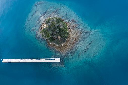 Shallow「A small island and a beautiful sea」:スマホ壁紙(13)