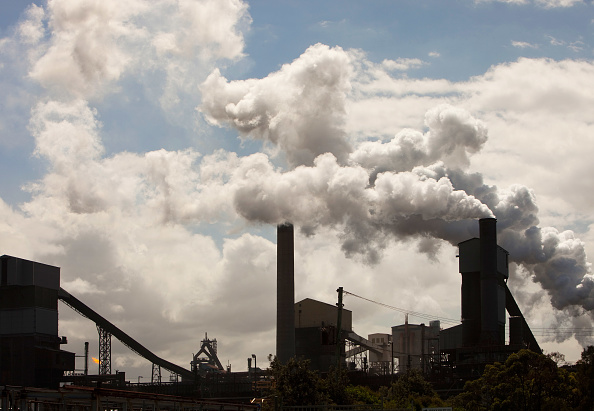 オーストラリア「Emissions from the Bluescope steel works at Port Kembla, Wollongong, Australia.」:写真・画像(12)[壁紙.com]