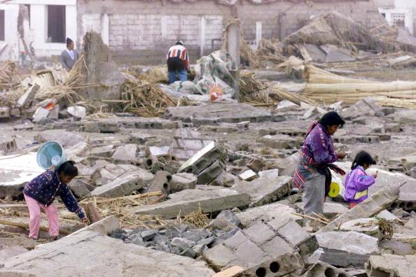 Belongings「A Earthquake in Camana, Peru」:写真・画像(19)[壁紙.com]