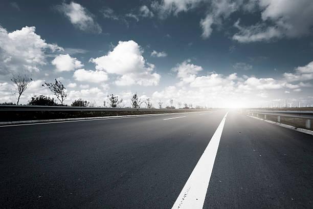 road through the Future electrical production:スマホ壁紙(壁紙.com)