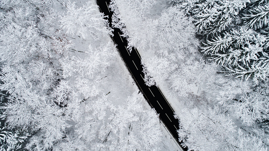 Frost「Road through wintery forest - aerial view」:スマホ壁紙(4)