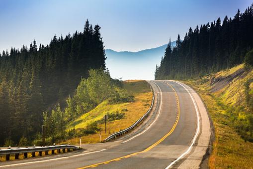 National Park「Road through the mountains」:スマホ壁紙(19)