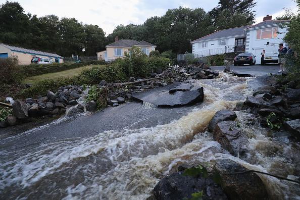 イングランド コーンウォール「Cornish Village hit By Flash Flood」:写真・画像(5)[壁紙.com]