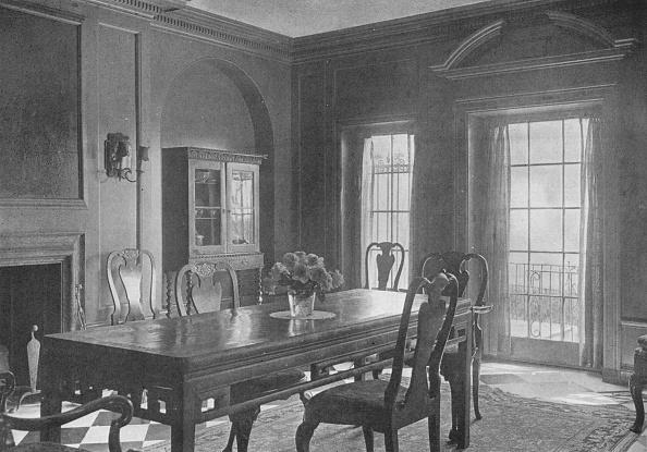 Dining Table「Dining Room, Looking Towards The Garden Terrace, House Of Mrs WK Vanderbilt, New York City, 1924」:写真・画像(9)[壁紙.com]