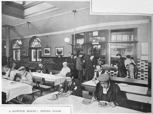 Edwardian Style「Dining room in a Rowton House, Hammersmith, London, c1902 (1903)」:写真・画像(15)[壁紙.com]