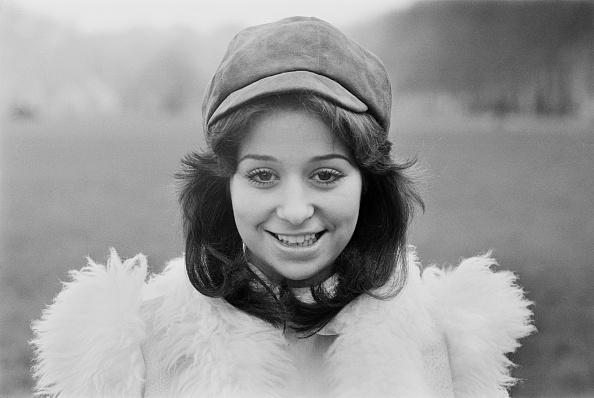 女性歌手「Tina Charles」:写真・画像(4)[壁紙.com]