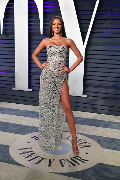 Lais Ribeiro「2019 Vanity Fair Oscar Party Hosted By Radhika Jones - Arrivals」:写真・画像(6)[壁紙.com]