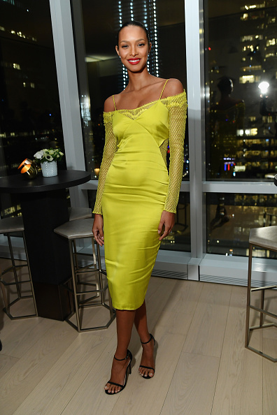 InStyle Magazine「InStyle Dinner To Celebrate The April Issue Hosted By Cover Star Ciara and Laura Brown」:写真・画像(11)[壁紙.com]