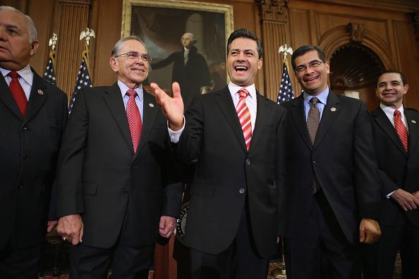Enrique Pena Nieto「Pelosi Meets With Mexican President-Elect Pena Nieto」:写真・画像(12)[壁紙.com]