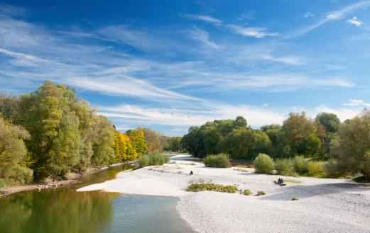 Munich「Autumn Colors, River Isar Munich, Bavaria, Germany Panorama (XXXL)」:スマホ壁紙(19)