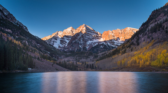 Aspen - Colorado「Autumn colors at Maroon Bells and Lake」:スマホ壁紙(19)