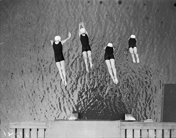 Swimming「Synchronized Dive」:写真・画像(11)[壁紙.com]