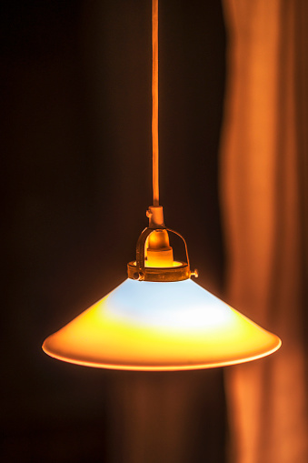 Lamp Shade「Lamp hanging from ceiling」:スマホ壁紙(3)