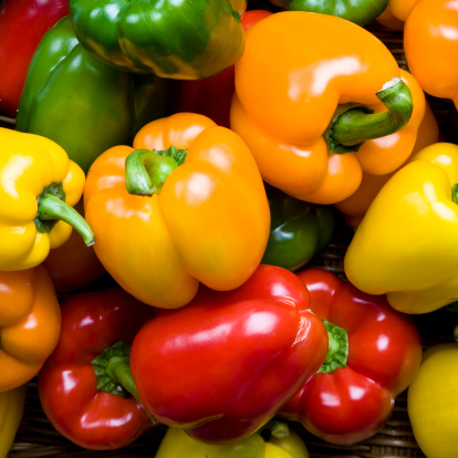 Yellow Bell Pepper「Red green yellow and orange peppers as a background」:スマホ壁紙(2)