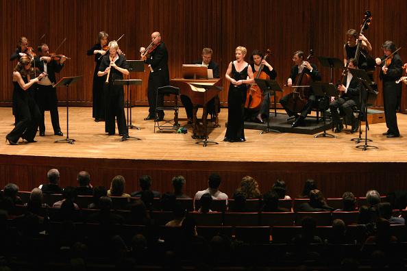 Alice Tully Hall「Freiburg Baroque Orchestra」:写真・画像(10)[壁紙.com]