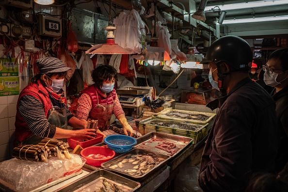 Wet「China's Wuhan Coronavirus Spreads To Macau」:写真・画像(1)[壁紙.com]
