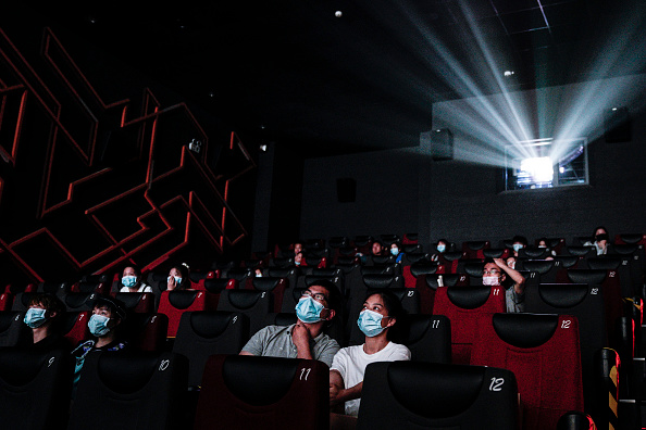 Movie「Wuhan Reopens Cinemas After Months In Lockdown」:写真・画像(18)[壁紙.com]