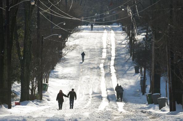 Snow「Winter Storm Affects North Carolina」:写真・画像(10)[壁紙.com]