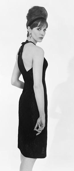 Beehive Hair「Brilkie Dress」:写真・画像(15)[壁紙.com]
