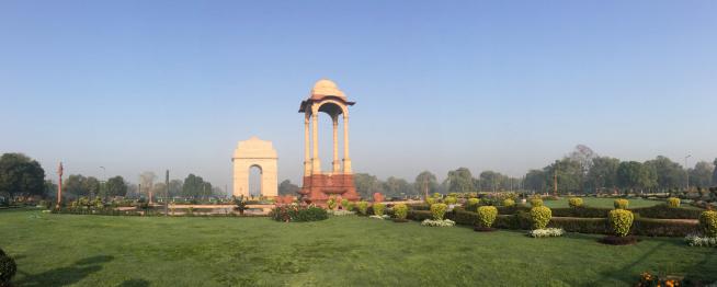 Boulevard「India, New Delhi, View of war memorial called India Gate」:スマホ壁紙(9)
