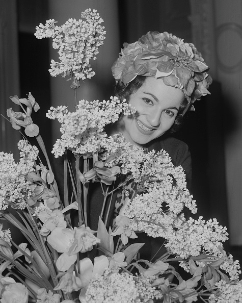 Bouquet「Teresa Stratas」:写真・画像(12)[壁紙.com]