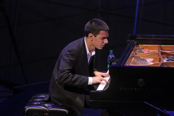 クラシック音楽「Beka Gochiashvili」:写真・画像(3)[壁紙.com]