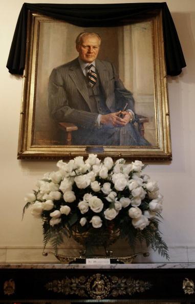 Chip Somodevilla「U.S. Mourns Passing Of Former President Gerald Ford」:写真・画像(4)[壁紙.com]