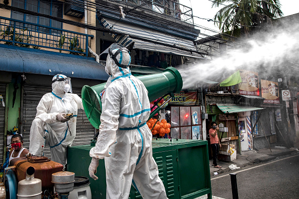Spray「Northern Philippines Under Lockdown As The Coronavirus Continue To Spread」:写真・画像(7)[壁紙.com]