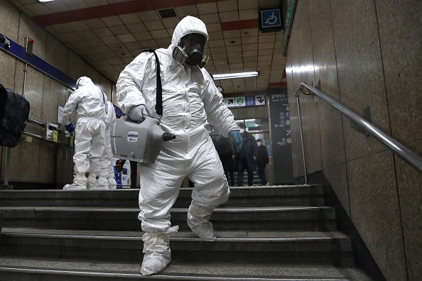 Spray「Concern In South Korea As The Wuhan Covid-19 Spreads」:写真・画像(10)[壁紙.com]