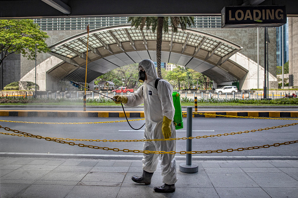 Spray「Northern Philippines Under Lockdown As The Coronavirus Continue To Spread」:写真・画像(15)[壁紙.com]