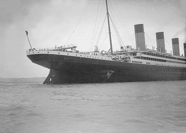 Ship「Hole Torn In The Hull Of Rms Olympic After The Collision With Hms Hawke In The Solent 19」:写真・画像(4)[壁紙.com]