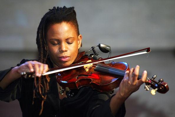 Violinist「Beboperalla A Celebration Of Bebop And Ella Fitzgerald」:写真・画像(5)[壁紙.com]