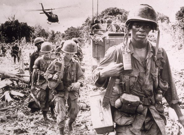 Photography「U.S. Troops On Patrol In Vietnam」:写真・画像(14)[壁紙.com]